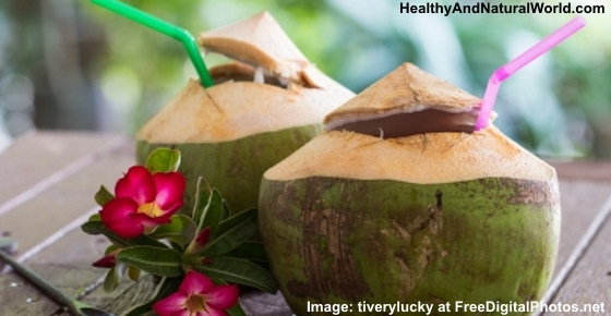 10 Reasons to Drink Coconut Water That You Probably Didn't Know About