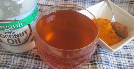 Homemade Turmeric & Ginger Tea to Prevent Heart Disease, Lower Cholesterol, Anti-Tumor (Recipe)
