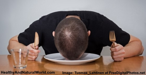 Common Causes for Feeling Tired or Sleepy After Eating (Science Based)