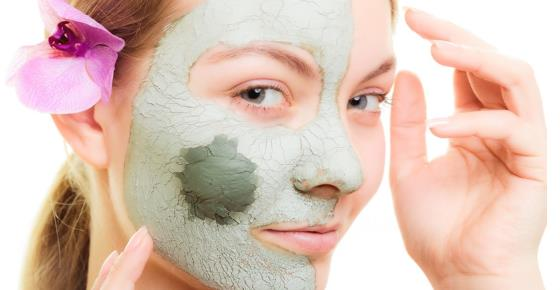 Bentonite Clay Mask: How to Use Bentonite Clay for Face and Skin