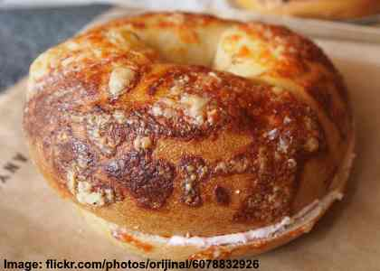 cheese bagel